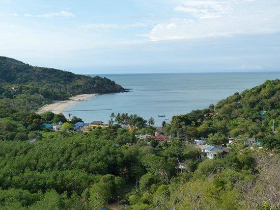 Baan KanTiang See Villa Resort (2 bedroom villas): Ausblick über die Bucht