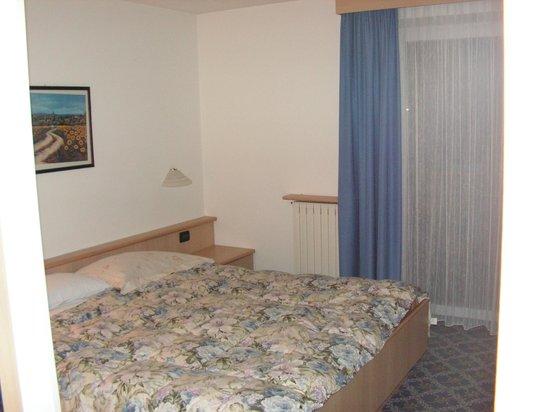 Hotel Fiordaliso : CAMERA DA LETTO