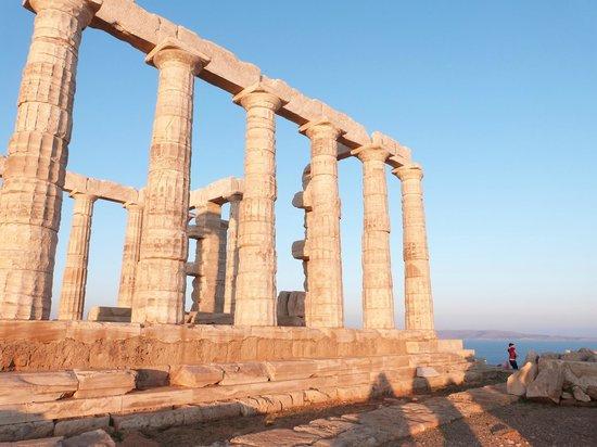 George's Taxi: Poseidon's Temple