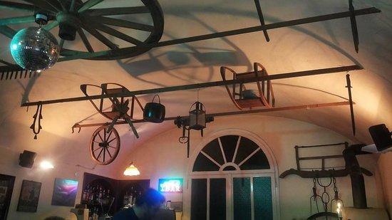 soffitto osteria villa san donino