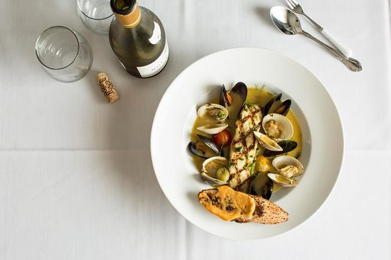 Pain D'Avignon: Dinner is exceptional...