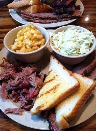 Monroe's Smokehouse Bar B-Q