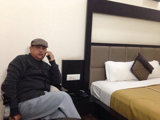 Hotel Orbit : Room