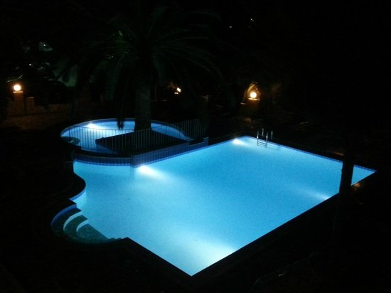 Maria Suites: A nice clean pool of a good size