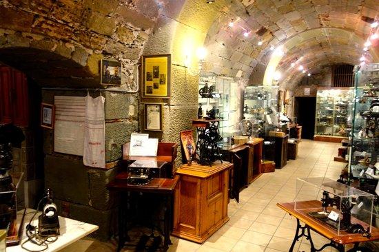 Musee Suisse de la Machine a Coudre