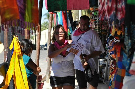 A-maze-in Cabo Race: FUN in the local market!
