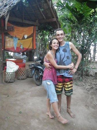 Mekong Bamboo Hut : Un couple en or