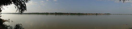 Mekong Bamboo Hut : Vue sur Kampong Cham