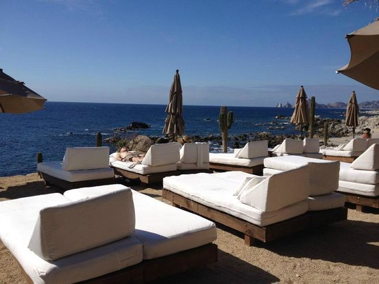 Hacienda Encantada Resort & Residences: Cliffside Beds