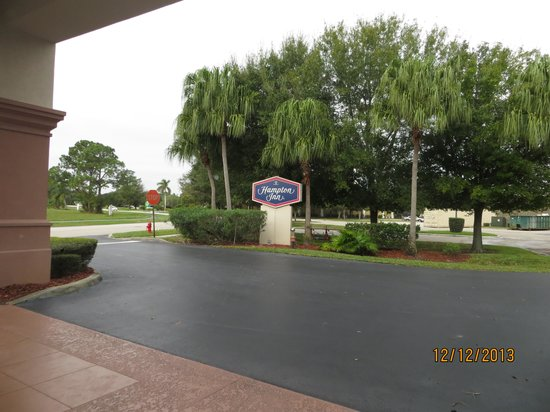 Hampton Inn Vero Beach: Área externa