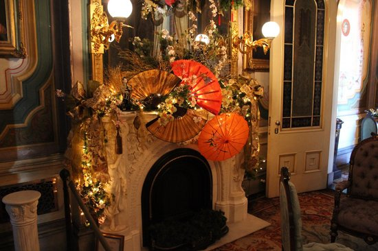 """Victoria Mansion: Parlor decorated in """"Japan"""" theme, Christmas '13"""