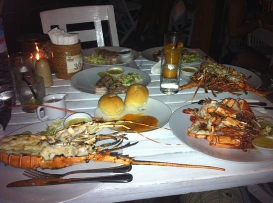 Beach House Restaurant: tavola