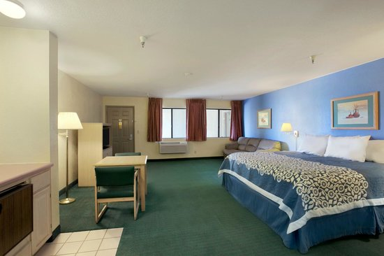 Days Inn Holbrook: King BedRoom