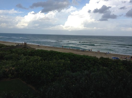 Marriott Beach Resort and Marina Hutchinson Island: View from our balcony