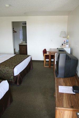 Bryce View Lodge : Zimmer mit Bad und TV