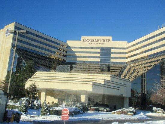 Doubletree By Hilton Hotel Newark Airport Tripadvisor