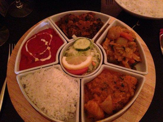 Comber Tandoori: Chef's selection of specials - Tali - delicious!