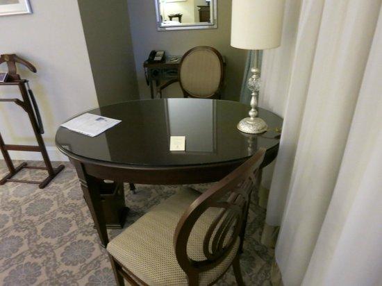 The Ritz-Carlton, Istanbul: Room