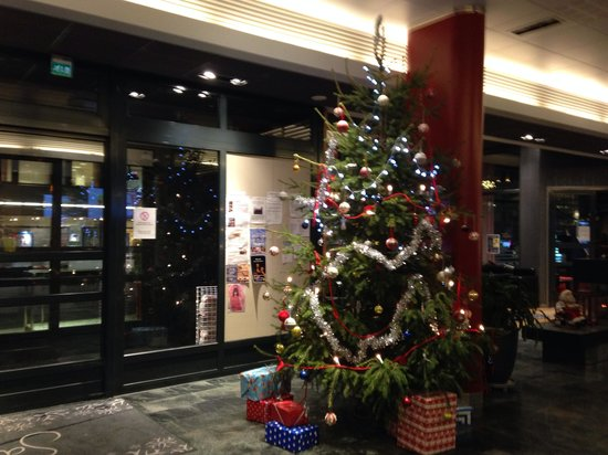 Santa's Hotel Santa Claus: Reception hall