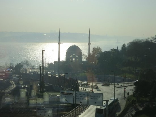 The Ritz-Carlton, Istanbul: View at the Bosphorus