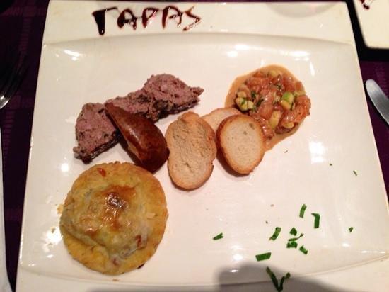 Restaurant Chez Vous: terrine maison, tartare di tonno e avocado