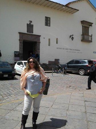 Pre-Columbian Art Museum: entrada do museu