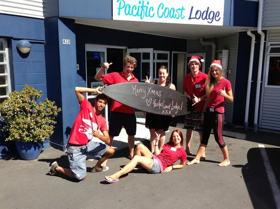 Pacific Coast Lodge and Backpackers : Merry Xmas from the team