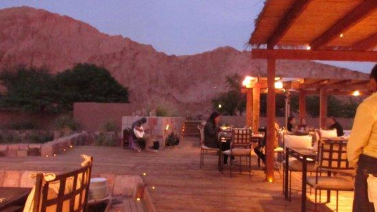 Alto Atacama Desert Lodge & Spa: Barbacoa bajo un cielo único