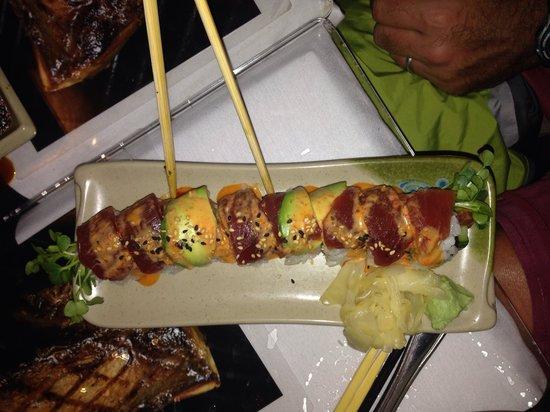 Sansei Seafood Restaurant & Sushi Bar : Ahi tuna