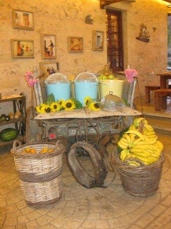 Gramboussa: Il carro della frutta