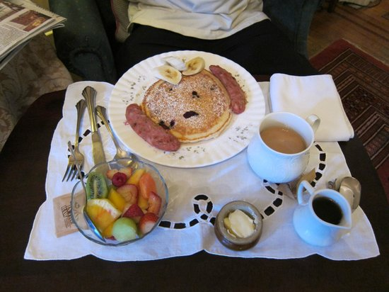 Union Street Inn: very simple breakfast