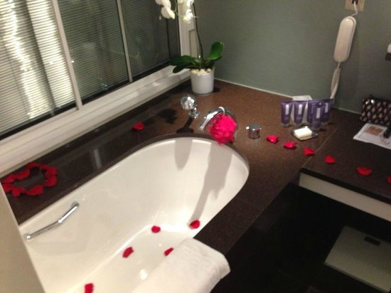 One Aldwych : wedding night petals - a lovely touch!