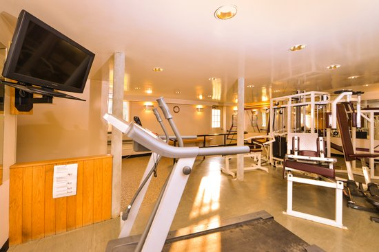 Days Inn Jefferson: full size fitness center