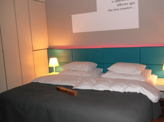MOODs Boutique Hotel : Our lovely room!