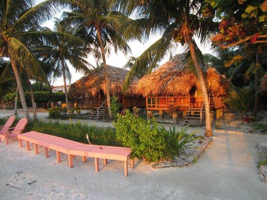 St. George's Caye Resort: Cabanas