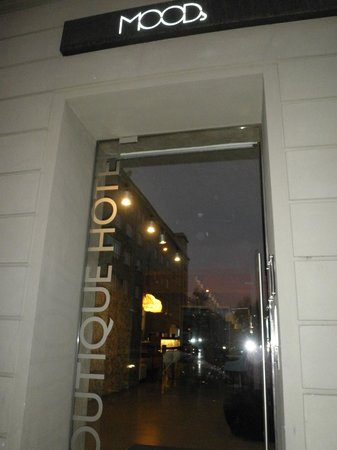 MOODs Boutique Hotel: Hotel entrance
