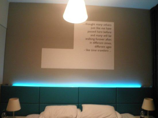 MOODs Boutique Hotel: Mood lighting