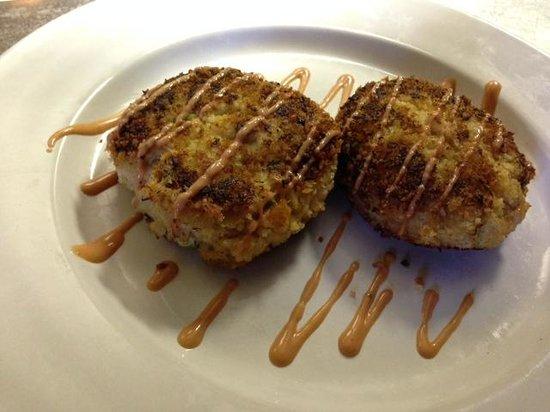 Hifalutin: Crab Cakes