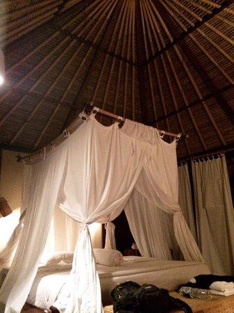 kaMAYA Resort and Villas : Bed mmmm