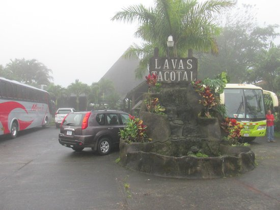 Hotel Lavas Tacotal: The entrance