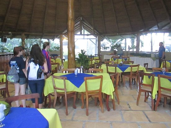 Hotel Lavas Tacotal: The open air restaurant