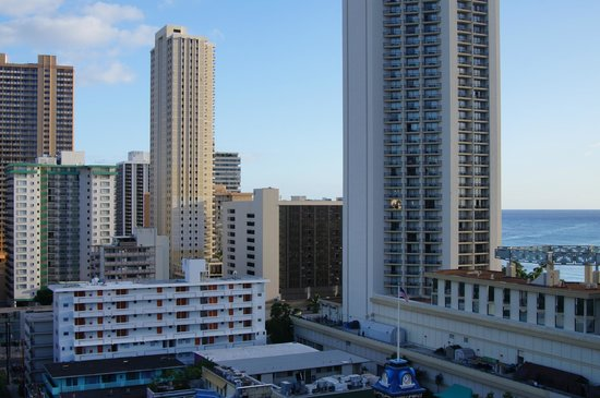 OHANA Waikiki East Hotel: Taken from our 12th floor room!