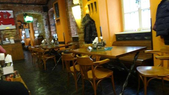 Restaurant Bredovsky Dvur : 店内
