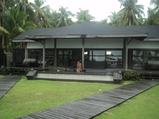 Siargao Paraiso Resort: Pool / Hotel Grounds