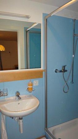 Gasthaus Krone: Banheiro