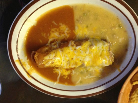 Jorge's Cafe: Crispy Chile relleno (side order)