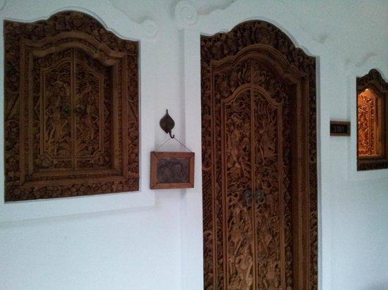 Kodchasri Thani Chiang Mai : room door