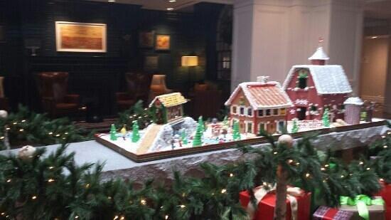 Hanover Inn Dartmouth: Gingerbread Village
