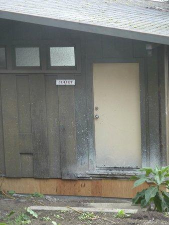 Heritage House Resort: Our old Juliett...needing a redo:(.