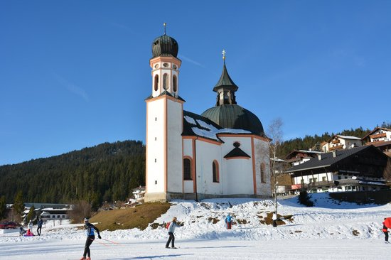 Seekirchls St. Oswald: Seekirchl St. Oswald and Cross-country track at Olympic Region Seefeld
